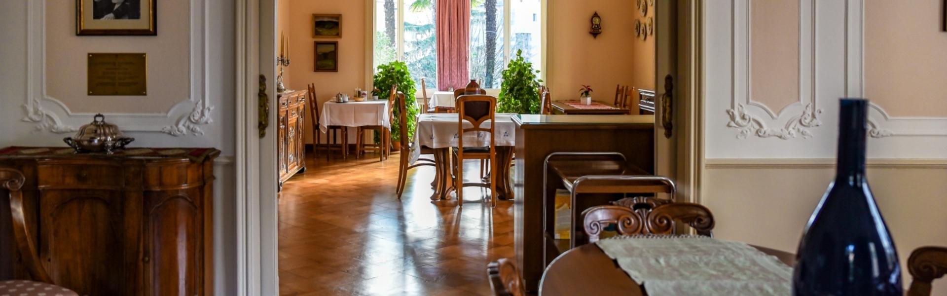 header_casasantabirgitta_diningroom_01