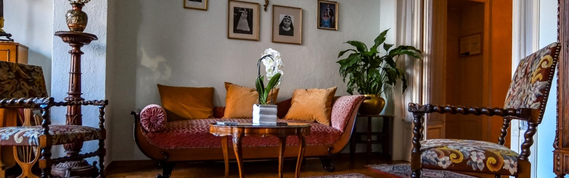header_casasantabirgitta_sittingroom_01